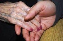 Primeros momentos del cuidado: el proceso de convertirse en cuidador de un familiar mayor dependiente