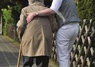 Carga subjetiva y síntomas depresivos en cuidadores de familiares mayores